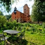 vidpochynok-bilia-zamku